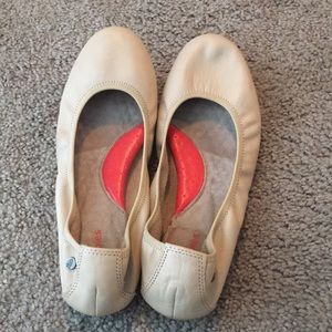 Cream Hush Puppies Flats
